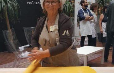 La sfoglina Veridiana Casadei del Ristorante Anna